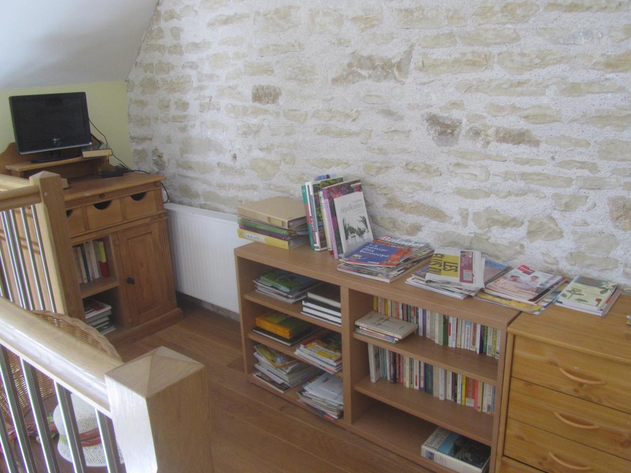 Bibliothèque / repos/ télé